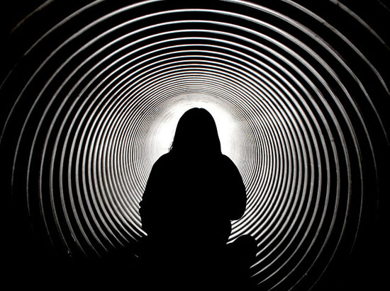Tunnel Thinking Dangers in Marketing
